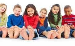 Çocuklarda Ayak Sağlığı Açısından Nasıl Ayakkabılar Kullanılmalıdır ?