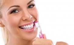 Beyaz dişler için Gülümsemenin sırları