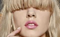 Sıradışı Saç Modası: Kahkül Modelleri
