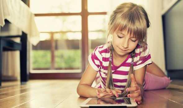 ocuk-internet-1024x683 Çocuklarda İnternet Bağımlılığını Önlemek
