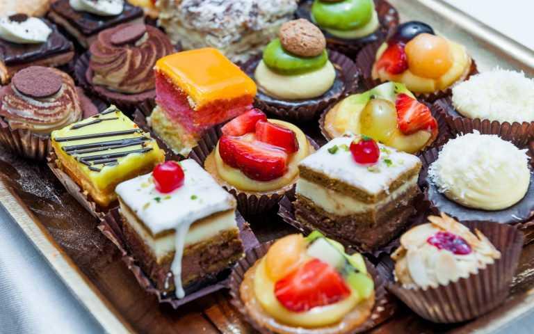 Tatlılar - Nazende